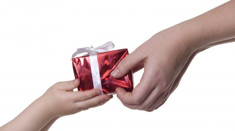 Procon/Aju pesquisa preços para o Dia dos Pais