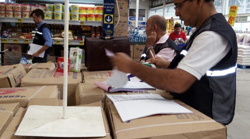 """Procon/Aju realiza Operação """"Compre Bem"""""""