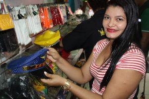 A consumidora Josilene dos Santos, 22 anos, aprovou a atuação do Procon Aracaju. (640x427)