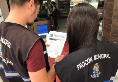 Defesa Social orienta comerciantes sobre Lei que proíbe remarcação de validade nos produtos