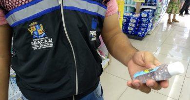 Prefeitura intensifica fiscalização da venda de álcool em gel e máscaras em Aracaju